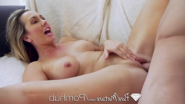 Teen sex doll fucking for cash gets sweet pussy pounded