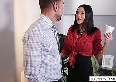Realityjunkies hairy wife horny for porn video