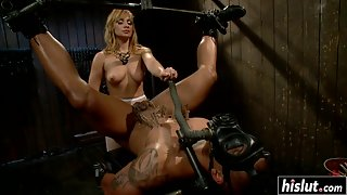 Latex dominatrix plays with anal slave porn video