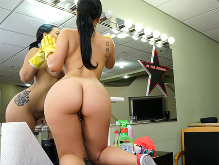 Free pornstar nataly gold images and galleries