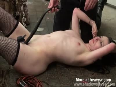 Cunt flogging in bed hardcore