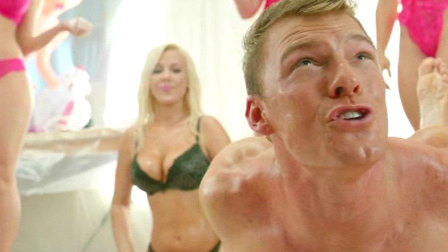 Blue mountain state nudity